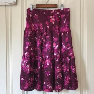 Banana Republic Silk Tiered Skirt size 4